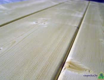 Скругленная фаска потолочной рейки