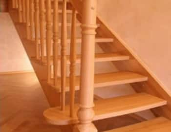 лестница деревянная балясины столб