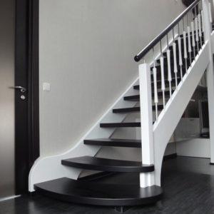 Лестница деревянная «Тайга 12»